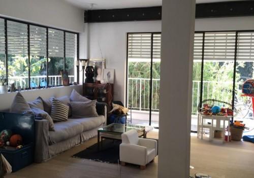 ברח מזא״ה דירת 100 מ״ר משופצת אדריכלית עם מרפסת שמש היקפית!