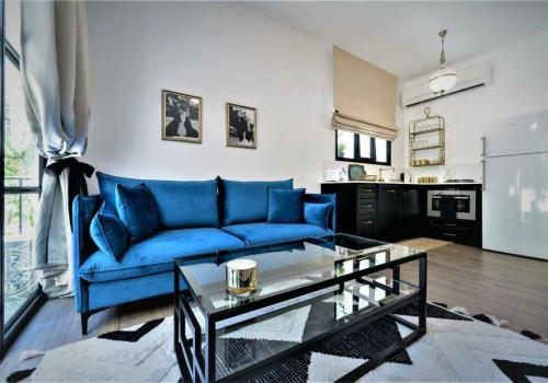 ברח׳ ביירון! דירה משופצת אדריכלית ומושכרת לתקופות קצרות! תשואה גבוהה!