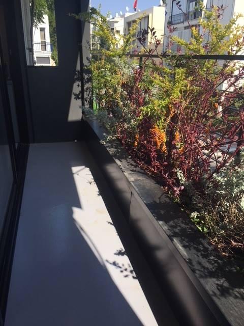 בלב מתחם בזל! דירה מעוצבת ברמה גבוהה 80 מ״ר בנוי בקומה ב׳ עם מעלית וחניה !