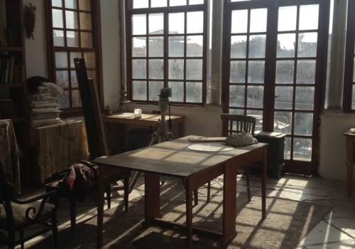 בצפון יפו! בבניין עות׳מאני מדהים לשימור בן כ150 שנה! 550מ״ר בנוי פלוס 100מ״ר חצר פרטית!