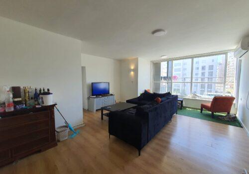 להשכרה ברח׳ לוי אשכול! דירת 100מ״ר 4חד בקומה ד׳, עם מעלית וחניה בטאבו!